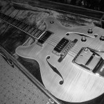 yamaha hollow body electric